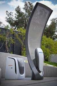 Honda Begins Operation of New Solar Hydrogen Station