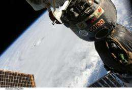 Hurricane warnings posted on US East Coast, NASA sees Earl's heavy rainfall