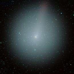 NASA spacecraft hurtles toward active comet hartley 2