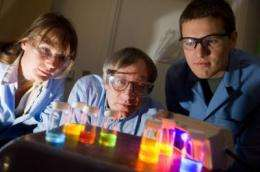 New photonic material may facilitate all-optical switching and computing