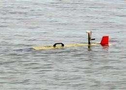 Robot submarine patrols Lake Michigan for climate-change study