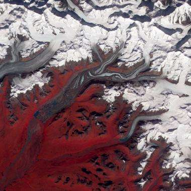 Satellite images reveal complexity of Alaska's Susitna Glacier