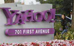 Yahoo's holiday trimming cuts work force 4 pct (AP)