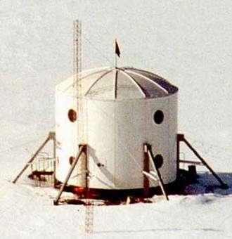 FMars habitat undergoing tests at Devon Island, Nunavut, Canada