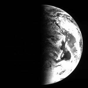 Rosetta's view of Earth 1