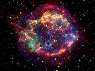 Spitzer Captures Echo Of Dead Star's Rumblings