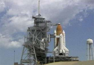 Discovery Set for Tanking Test on Friday