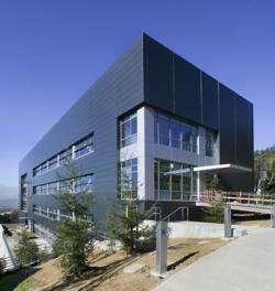 Berkeley Lab Dedicates the Molecular Foundry