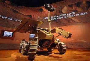 ExoMars rover concept is a star attraction at ILA2006 Space Pavilion