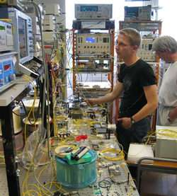 Laboratory for data transmission at 2.56 terabits per second