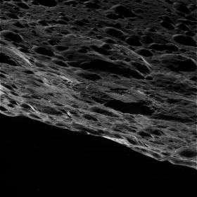 Cassini Gets Close-Up Views of Saturn's Moon Iapetus