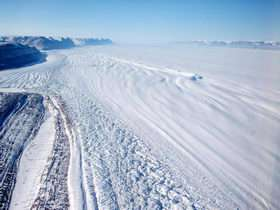Gravity Measurements Help Melt Ice Mysteries