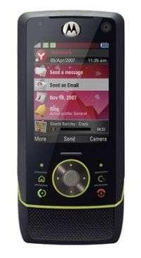 Motorola Z8 Makes Its Retail Debut