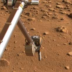 Phoenix Mars Lander Continues Tests With Rasp