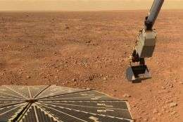 Phoenix Mars Mission Faces Survival Challenges
