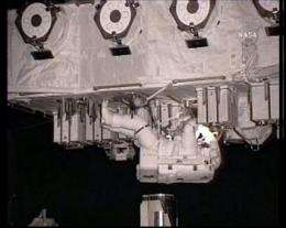 Astronauts speed through 5th and final spacewalk (AP)