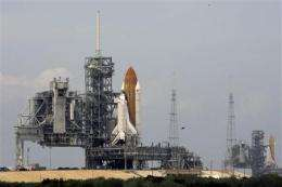 Rescue shuttle at launch pad for Hubble trip (AP)