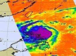 Typhoon Mirinae already raining on the Philippines