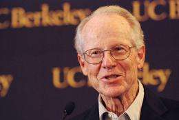 Berkeley's Oliver Williamson shares Nobel Prize in economics