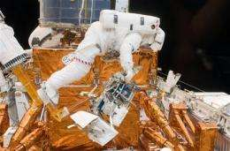 Complex repairs face weary Hubble spacewalkers (AP)