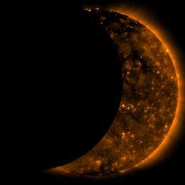 Images of Solar Eclipse as seen by Hinode Satellite