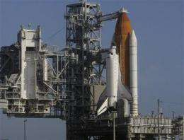 Lightning delays space shuttle Endeavour launch (AP)