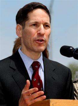 New CDC chief to target smoking; led charge in NYC (AP)