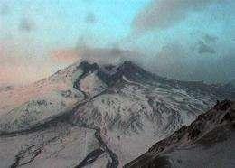 New tremors at Alaska volcano spewing ash into sky (AP)