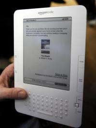People test a Kindle 2