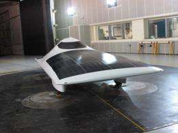 Sleek new MIT solar car heads to the races