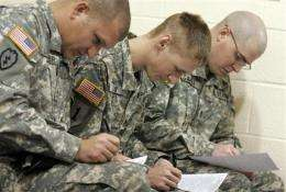 Soldiers get mass swine flu shots before holidays (AP)