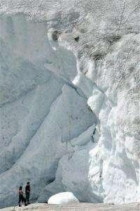 Swiss now pray that glacier will stop shrinking (AP)