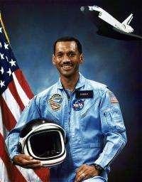 Uncertain NASA gets familiar former astronaut boss (AP)