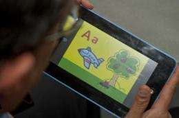 Low-cost electronic tablet proves worth in Indian classroom