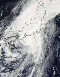 NASA's TRMM Satellite sees Typhoon Roke intensify rapidly before landfall in Japan