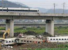 Crash raises doubts about China's fast rail plans (AP)