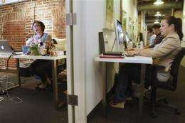 Deal sites appeal shoppers and businesses alike (AP)