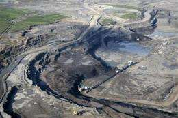 Debate stirred over 1st major US tar sands mine (AP)