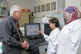 Drug reduces gum disease, risk of osteoporosis, heart disease in women