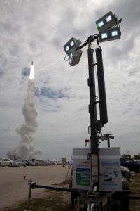 Fuel cell mobile lighting system featured at Space Shuttle Atlantis launch
