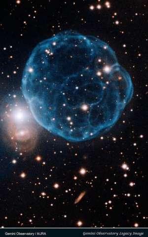 Gemini Image Captures Elegant Beauty of Planetary Nebula Discovered by Amateur Astronomer