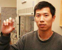 New material shows promise for trapping pollutants