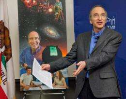 Saul Perlmutter receives Nobel Prize in physics