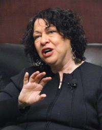 Sotomayor tells how she deals with diabetes (AP)