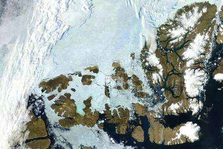 Study finds Canada's arctic glaciers and ice caps losing water at an alarming rate