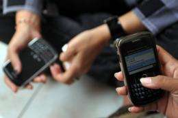 Three in 10 Canadians now own a Blackberry, iPhone or other smartphone