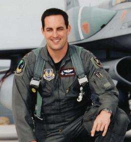 Virgin galactic taps test flight veteran as pilot