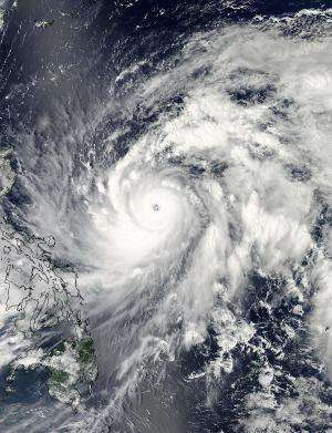 NASA examines very dangerous Super Typhoon Sanba