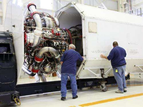 NASA moves shuttle engines from Kennedy to Stennis