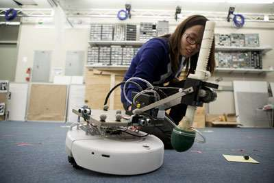 Students demo autonomous robotic systems